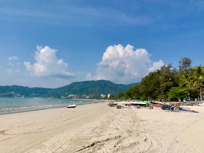 タイのプーケットってどんな場所?はじめて行く人に向けたプーケット基本情報:パトンビーチ
